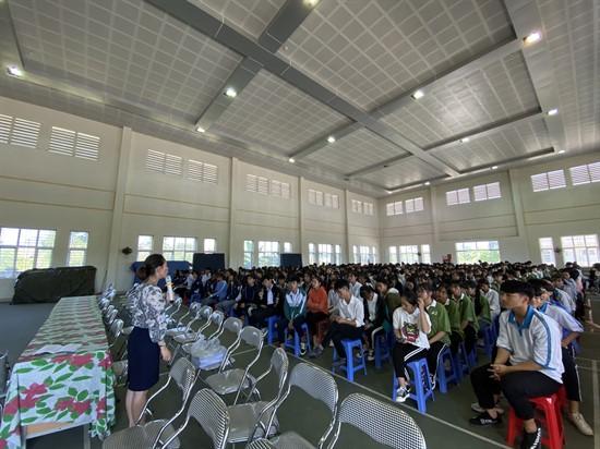 Truyền thông nói chuyện chuyên đề về sức khỏe tâm thần và rối nhiễu tâm trí cho giáo viên, học sinh tại các trường THCS, THPT trên địa bàn Huyện Đầm Hà, Tiên Yên và Thành phố Cẩm Phả